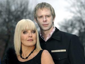 Michèle Richard et Jean-Nicholas Verreault dans <i>Truffe</i>
