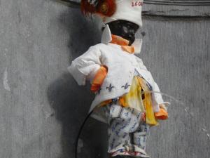Le costume offert par Québec au Manneken Pis