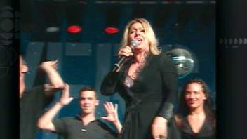 Patsy Gallant lors d'un spectacle donné dans le cadre de Divers/Cité