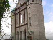 Façade de l'église Saint-Vincent-de-Paul