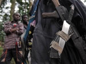 Des armes de rebelles hutus rwandais récupérées par l'armée de la RDC (archives).