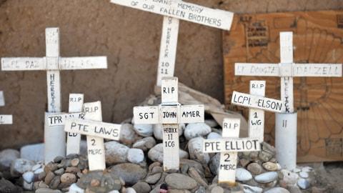 2010, année la plus meurtrière pour les forces internationales en Afghanistan AFP_100705hommage-soldats-otan_8