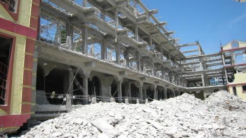 Les restes d'une des universit�s priv�es de Port-au-Prince