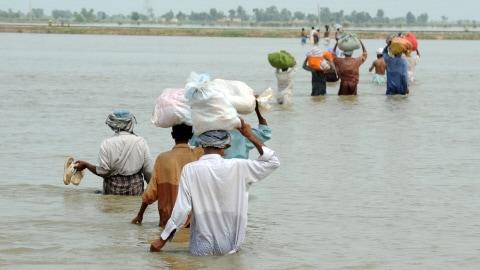 http://img.src.ca/2010/09/02/480x270/AFP_100902inondation-pakistan-victimes_8.jpg