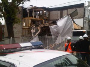 Une partie de cet immeuble en rénovation s'est effondrée.