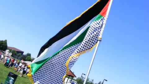 101028drapeau palestinien for Portent en francais