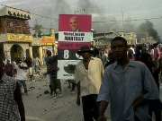 Des partisans du candidat dfait Michel Martelly manifestent,  Port-au-Prince.