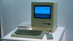 Le Macintosh d'Apple, lancé en 1984