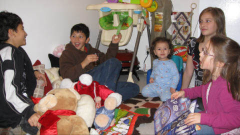 Les enfants Mezgui et Chabot n'ont pas de probl�mes � trouver un terrain commun