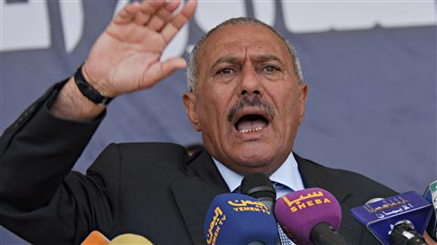 Le prsident du Ymen Ali Abdallah Saleh s'adresse  ses partisans  Sanaa.