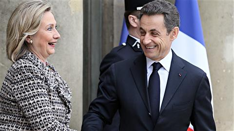 Nicolas Sarkozy accueille Hilary Clinton