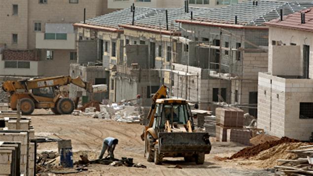 Construction de nouveaux logements dans la colonie d'Ariel, en Cisjordanie.