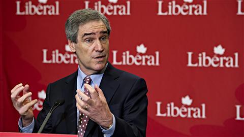 Le chef du Parti lib�ral, Michael Ignatieff, annonce sa d�mission au lendemain de l'�lection f�d�rale.