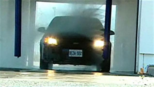 Lave-auto à Ottawa