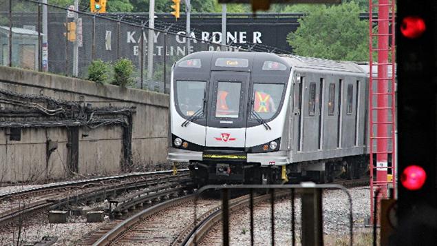 Les nouvelles voitures de métro assemblées par Bombardier dans son usine de Thunder Bay.