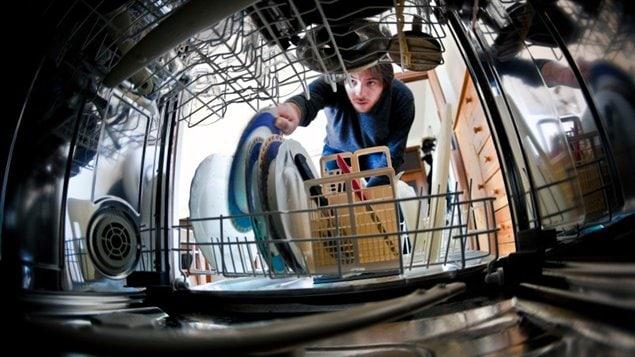 Un lave-vaisselles