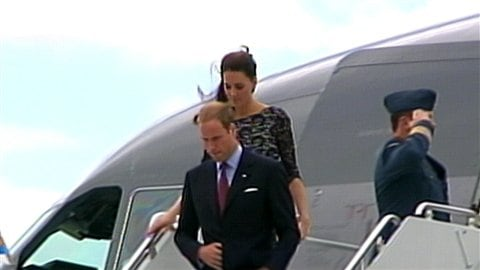 http://img.src.ca/2011/06/30/480x270/110630_cn7yp_kate-william-visite-ottawa_8.jpg