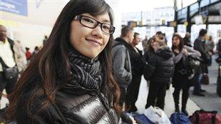 Etudiante asiatique dans un établissement de Montréal.