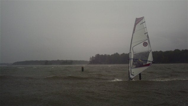 Le Lac Saint-Louis est agité au passage d'Irene