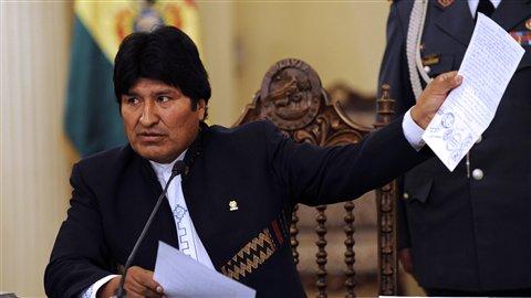 Le président Evo Morales annonce la suspension de la construction de la route reliant Villa Tunari et San Ignacio de Moxos (26 septembre 2011)