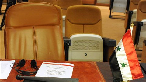 Le siège vide de la Syrie lors d'une réunion de la Ligue arabe.