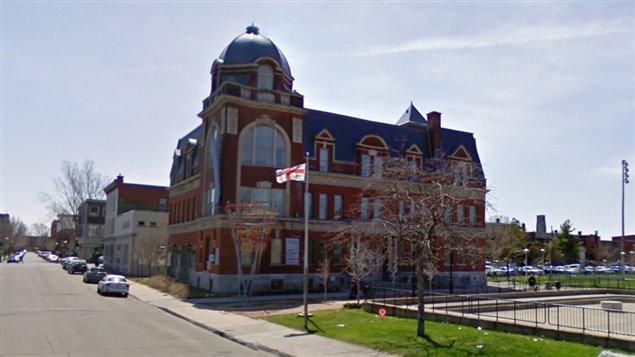 La bibliothèque Georges-Vanier