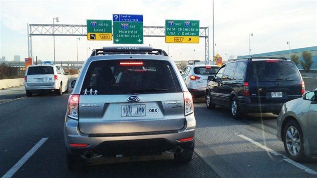 Circulation lourde sur l'autoroute 15