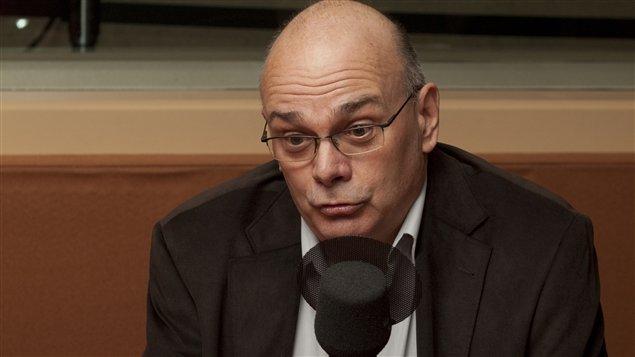 Pierre Trudel, professeur à l'Université de Montréal et titulaire de la Chaire L.R. Wilson sur le droit des technologies de l'information et du commerce électronique