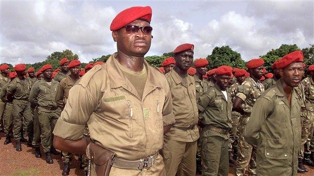 http://img.src.ca/2011/12/26/635x357/AFP_111226_4x37l_soldats-guinee-bissau_sn635.jpg