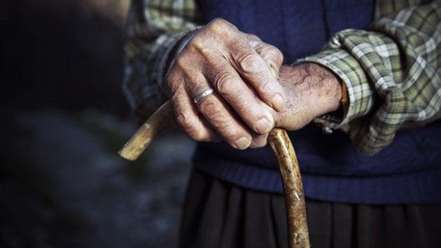Le vieillissement de la population coûtera de plus en plus cher au système de santé selon le Coference Board du Canada