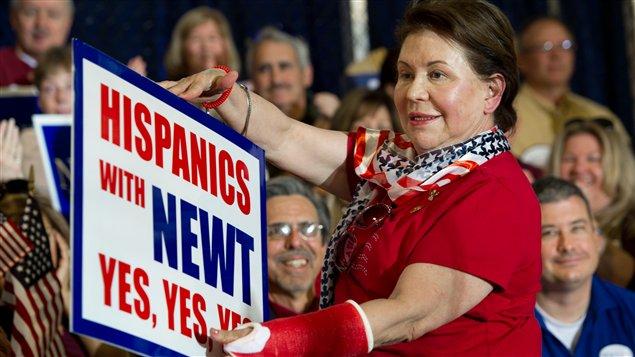 Une partisane du candidat à l'investiture républicaine Newt Gingrich à la veille de la primaire en Floride.