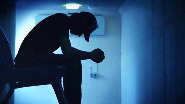 Un millier de suicides surviennent encore chaque année au Québec.