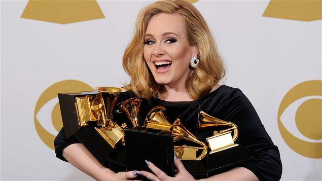 La chanteuse Adele était la grande gagnante de la cérémonie des Grammy Awards.