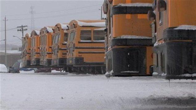 autobus-scolaire-neige