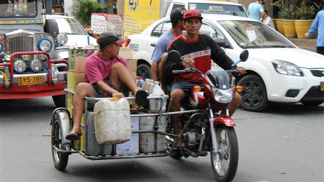 صورة من أحد شوارع مانيلا (أرشيف)