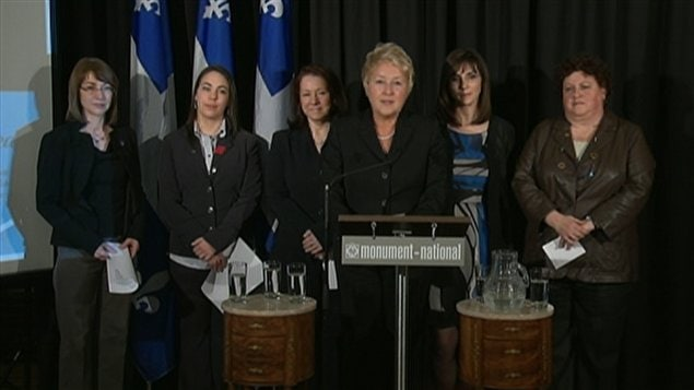 La chef pquiste, Pauline Marois, a prsent cinq candidates,  Montral.