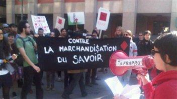 Manifestation étudiante devant Concordia