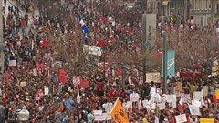 Les manifestants, place Jacques-Cartier