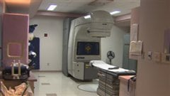Appareil de radiothérapie au CHRTR
