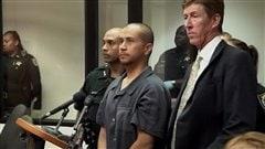 George Zimmerman et son avocat lors de sa comparution devant un tribunal en Floride.