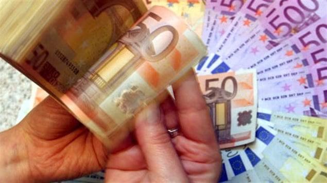 La fiscaliste Brigitte Alepin a confié à Radio-Canada que l'évasion fiscale « fait perdre la souveraineté fiscale des pays » et elle prône une « collaboration, voire une coordination fiscale entre les pays » pour la combattre.