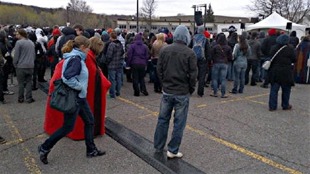 Les étudiants du Cégep de l'Outaouais reconduisent la grève pour cinq jours ouvrables.