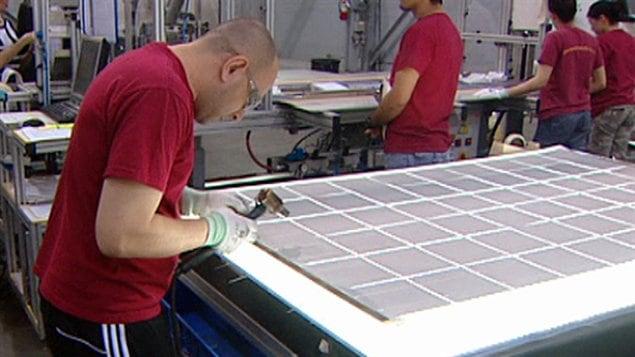 L'entreprise Siliken Renewable Energies manufacturière de panneaux solaires à Windsor en Ontario