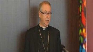 L'archevêque d'Edmonton a lu sa lettre sur la liberté de conscience et de religion lors du déjeuner annuel de Conférence des évêques catholiques du Canada.