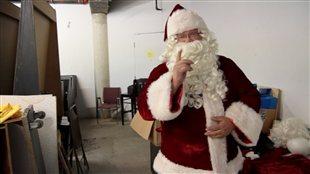 Le père Noël est un concierge!