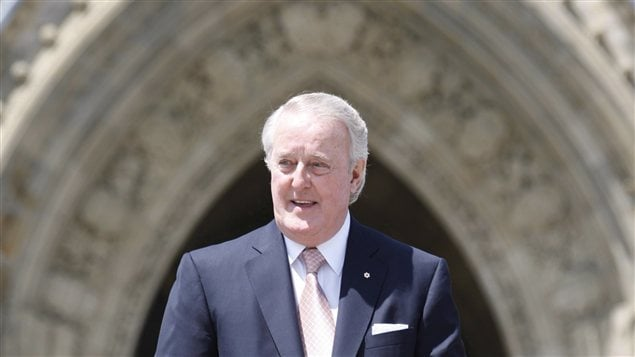 Brian Mulroney sur la colline du Parlement le 6 juin dernier
