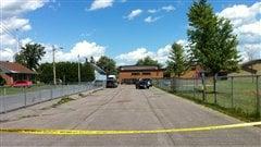 Le corps d'un homme a été retrouvé derrière cette école à Saint-Isidore