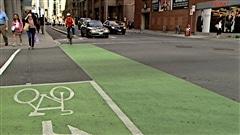 La piste réservée sur la rue Laurier, au centre-ville d'Ottawa (archives).