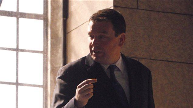 Christian Paradis se rend à la Chambre des Communes, le 27 mars 2012.