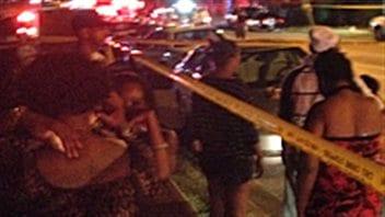 La police de Toronto sur les lieux de la fusillade de la rue Danzig.